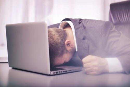 【解決】職場の人間関係でのストレスが原因で仕事を辞めたい?